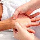 Reflexologia-das-mãos